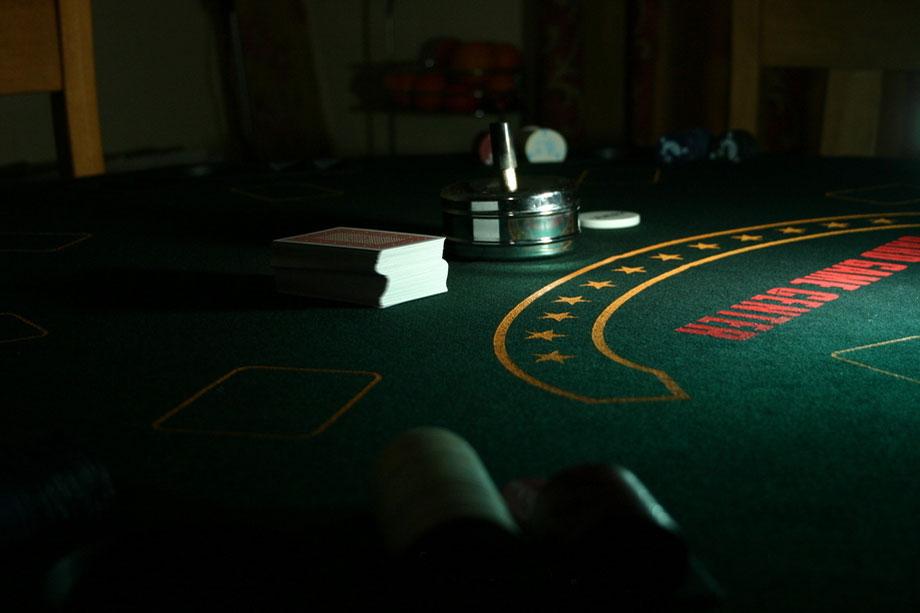 Poker night table